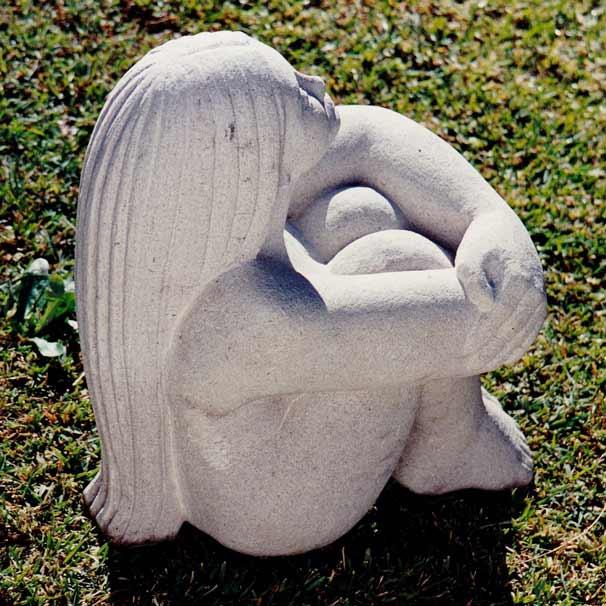 Galerie sculptures sculpture sur pierre for Statue fontaine de jardin