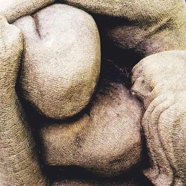 grès proche corps en grès art sculpture figuratif sculptures original originaux unique uniques pierre calcaire cadeau cadeaux noce noces naissance naissances personnalisé aménagement aménagements déco décoration art artisanat artisanal midi-pyrenées tarn tarnais local galerie expo expositions sorties culturelles toulouse albi rabastens, tarn, haute-garonne, midi-pyrenées