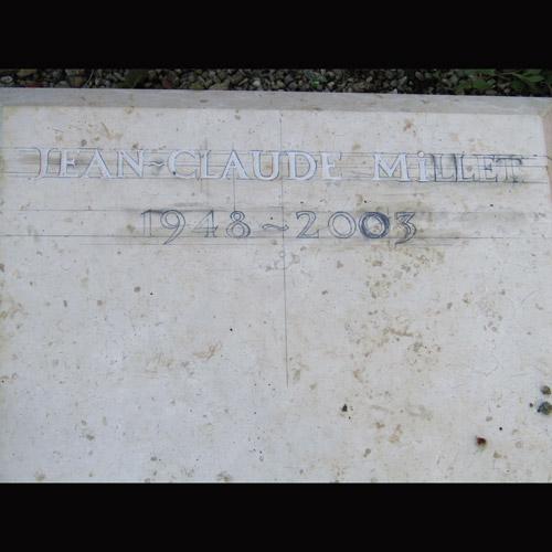technique sculpture sur pierre taille de pierre toulouse rabastens albi marlie kentish barnes personnalisé unique sur-mesure unique uniques commémoration mort décès obsèques funéraire funérailles plaque plaques enseigne enseignes mémorial stèle stèles monument cimetière inscription gravure funèbre mort décès pour cimetière cimetières art artisanat artisanal midi-Pyrénées Tarn Tarnais local lettrage gravure citation, tarn, haute-garonne, midi-pyrenées
